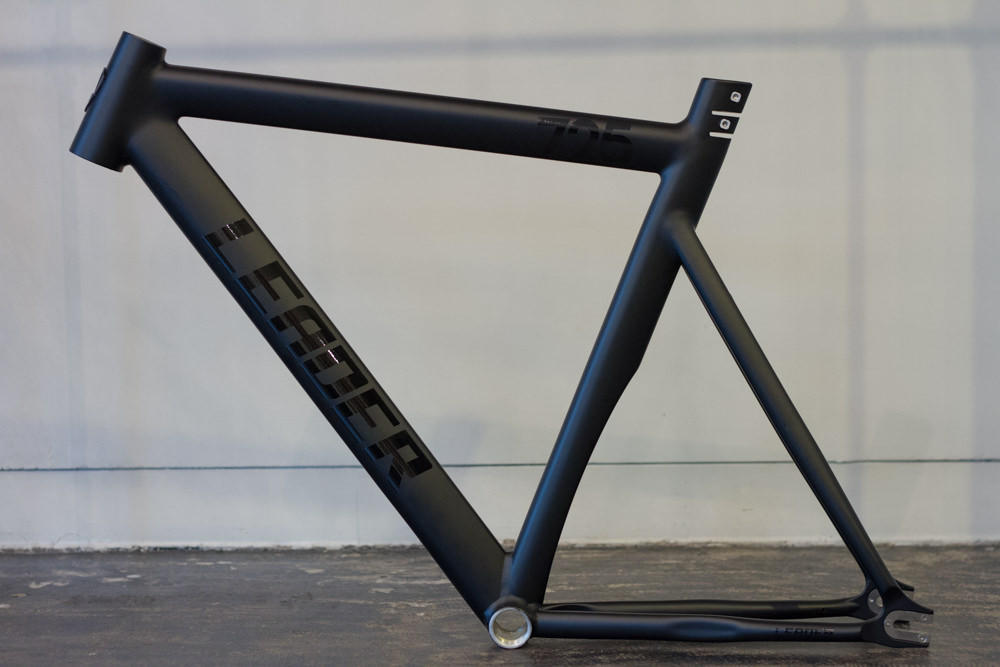 LEADER BIKES 725TR FRAME SET BLACK