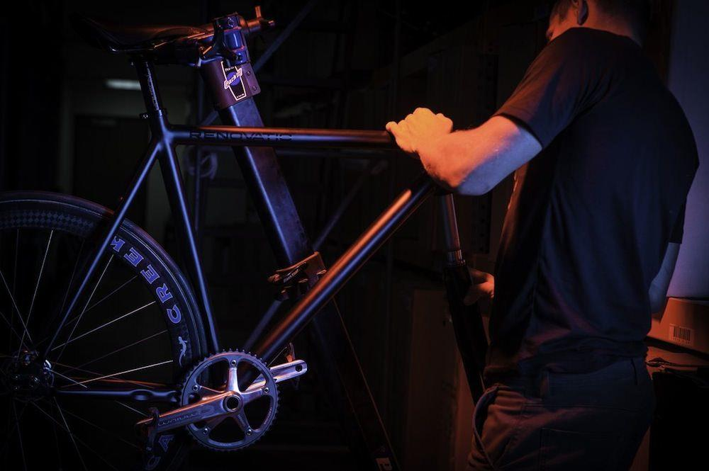 LEADERBIKES、PEDAL CONSUMPTION、BROTURES、ピストバイク、自転車、カスタム、新宿、RENOVATIO