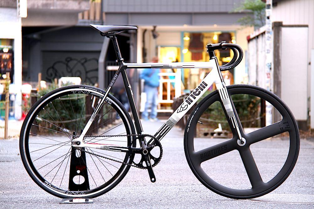 CINELLI、MASH、PARALLAX、BROTURES、LEADER BIKES、ピストバイク、自転車、カスタム