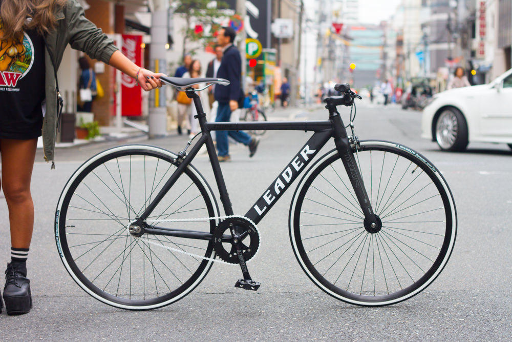 LEADER BIKES CURE CUSTOMER BIKE.