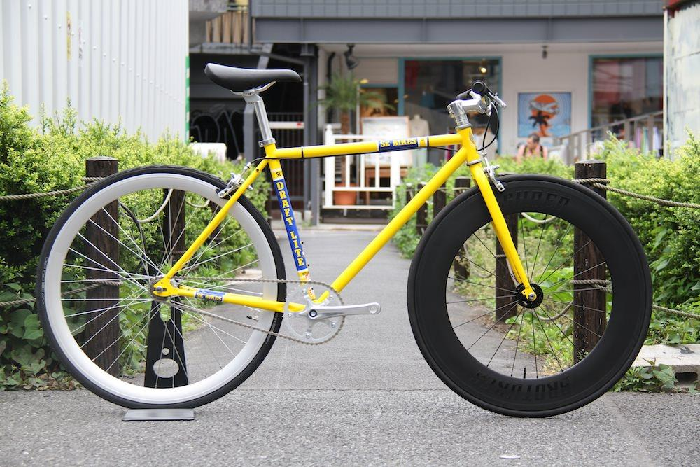 BROTURES、LEADERBIKE、SHRED88、カーボンカスタム、DOSNOVENTA、CINELLI、HOUSTON、ピストバイク、自転車