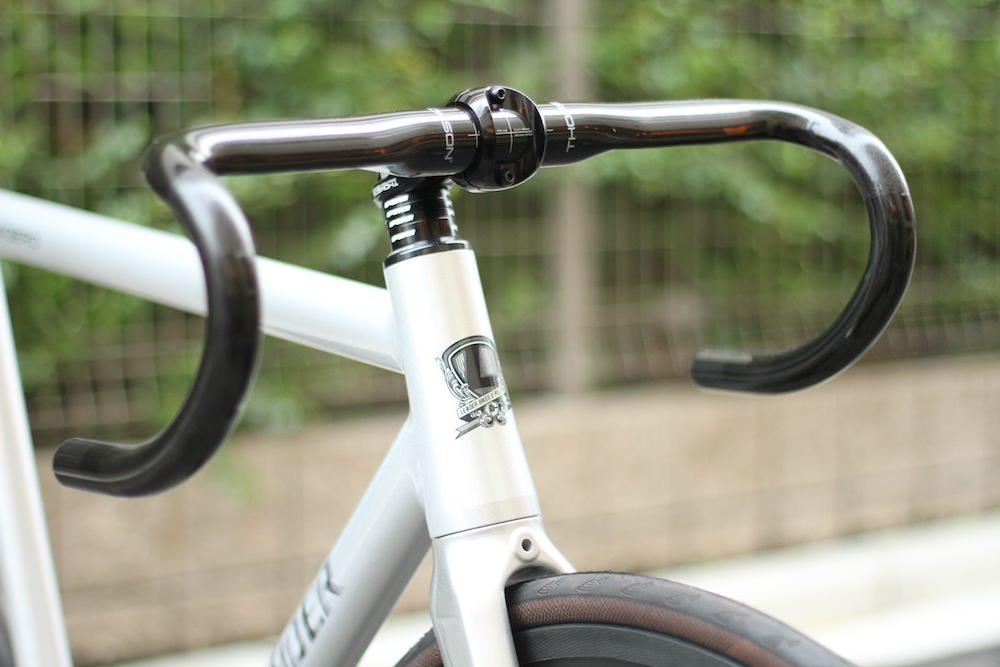 THOMSON,ROAD,PIST,SINGLE,STREET,BROTURES,LEADERBIKES
