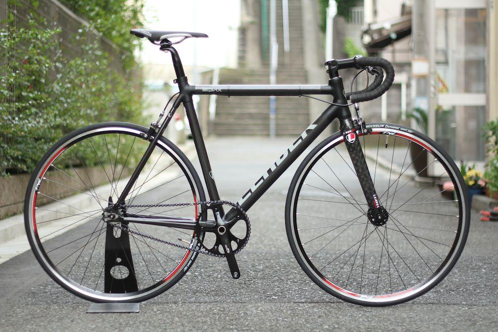 LEADER BIKES,EQNX,BROTURES,PIST,SINGLE,CUSTOM,COMPLETE