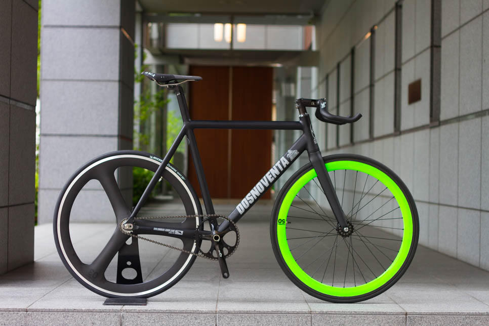 DOSNOVENTA CUSTOM BIKE.
