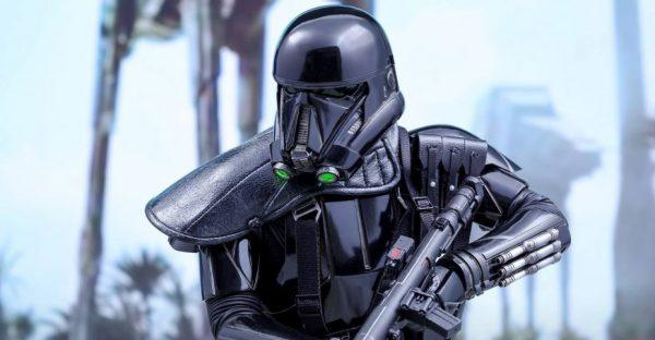 Hot-Toys-Rogue-One-Death-Trooper-017-928x483