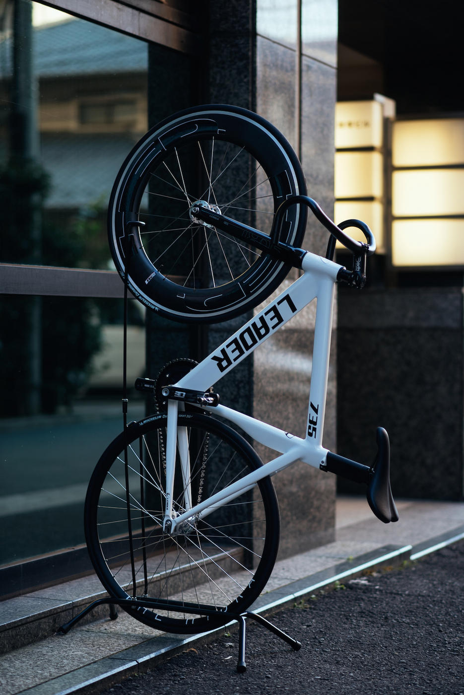 BROTURES KICHIJOJI FIXED GEAR SHOP LEADER BIKES STAND