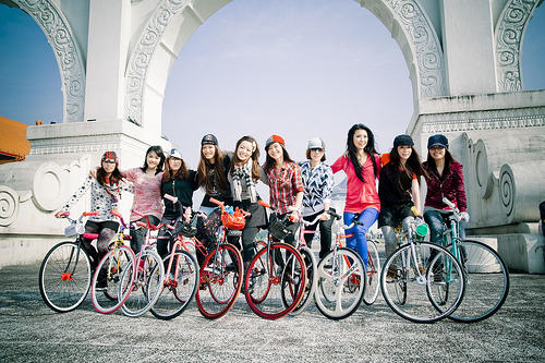 fixed-gear-girl-taiwan-i2