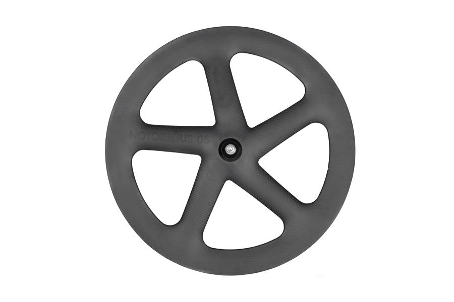 BLB-Notorious-05-Wheel-Full-Carbon-1WEB